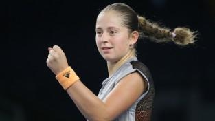 Ostapenko Melburnā uzvar sezonas pirmajā mačā
