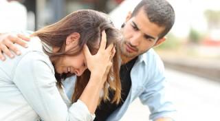 Ātrā emocionālā palīdzība: kā atbalstīt vīrieti un kā - sievieti