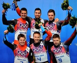 Foto: Latvija gavilē! Brāļiem Šiciem 3.vieta un bronzas medaļas!
