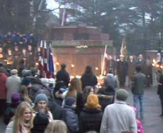 Video: Man nekā vairs nevajag- ka tikai man Latvija būtu. Lāčplēša diena Sudrabkalniņā