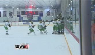 Video: Hokejists gūst uzvaras vārtus tēva nāves dienā