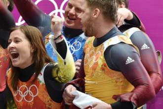 Latvijas kamaniņu sporta izlase devusies uz treniņiem Vācijā