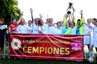 RFS futbolistes pārspēj liepājnieces un izcīna Latvijas kausu