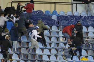 """UEFA soda """"Slovan"""" un """"Sparta"""" par līdzjutēju izraisītām nekārtībām"""