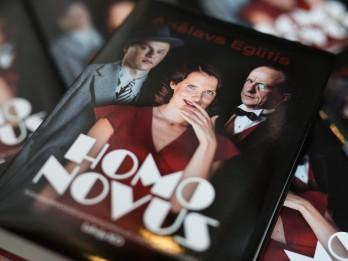 """Laists klajā laists īpašs Anšlava Eglīša grāmatas """"HomoNovus"""" izdevums"""