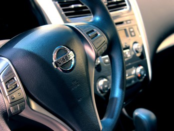 Auto iegāde: Kā gudri kaulēties par cenu?