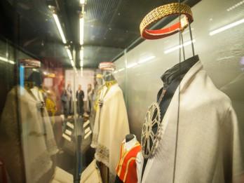"""Izstāde """"Latvijas gadsimts"""" raisījusi lielu apmeklētāju interesi"""