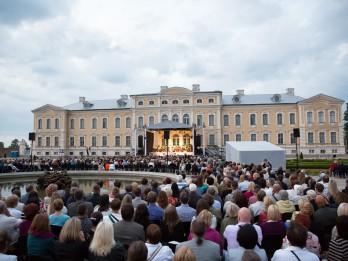 """Senās mūzikas festivāla noslēgumā Rundāles pilī skanēs Antonio Vivaldi """"Gadalaiki"""""""