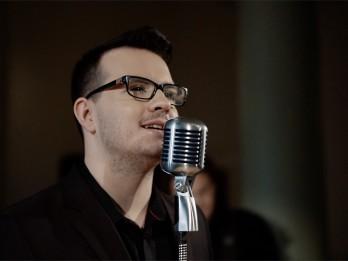 Video: Ruskim jauna dziesma un koncerti ar Raimondu Paulu
