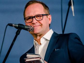 Publicēts jaunākais saraksts ar bibliotēkās visvairāk izsniegtajām dzejas grāmatām