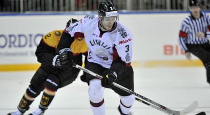 Andersons piekto sezonu pēc kārtas spēlēs Slovākijā