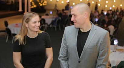 3x3 basketbolisti Krūmiņš un Stalidzāne nopelna gada balvas Jelgavā