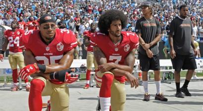 NFL publiski atzīst kļūdu aizliegt spēlētājiem miermīlīgi protestēt himnas laikā