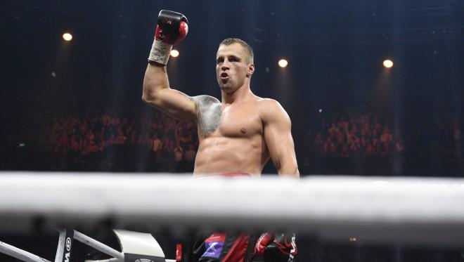 Pasaules boksa supersērija turpinās Viaplay tiešraidēs