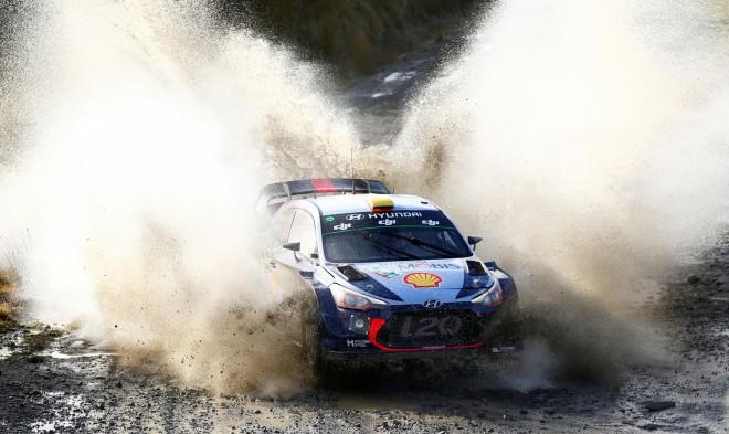"""""""Hyundai"""" komanda nevienam no pilotiem negarantē pilnu WRC sezonu"""