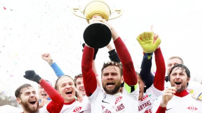 """Čempionam """"Spartakam"""" parādu dēļ aizliedz reģistrēt jaunus spēlētājus"""