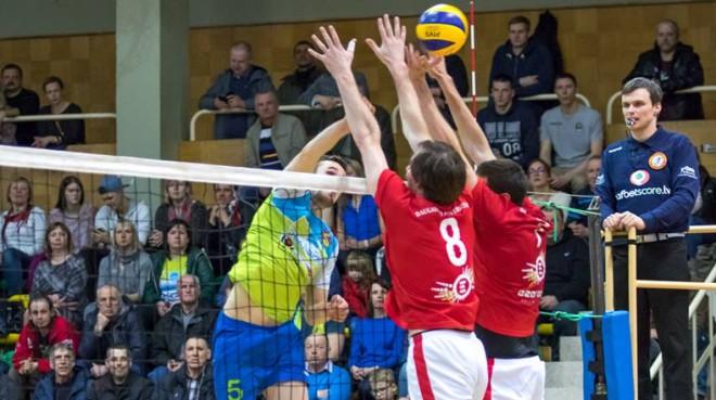 """""""Jēkabpils Lūši"""" zaudē pirmo setu sezonā pret RTU, tomēr finālu sāk ar uzvaru"""