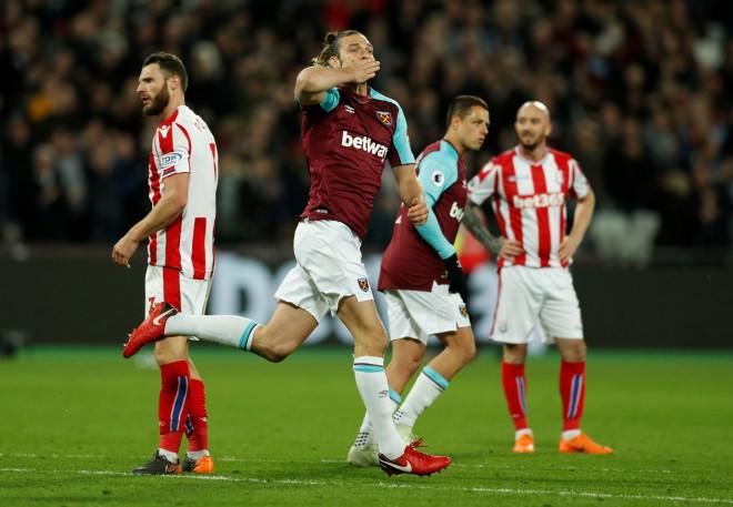 """Kerols izglābj """"West Ham"""" no zaudējuma """"Stoke"""""""