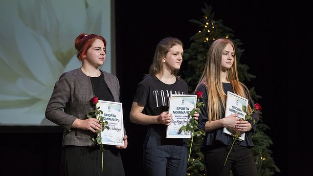 Jaunajiem cīkstoņiem četras medaļas pasaules skolēnu čempionātā sambo