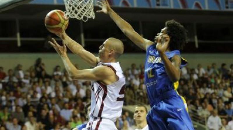 Renārs Magone spēlē pret Brazīliju Foto: fiba.com