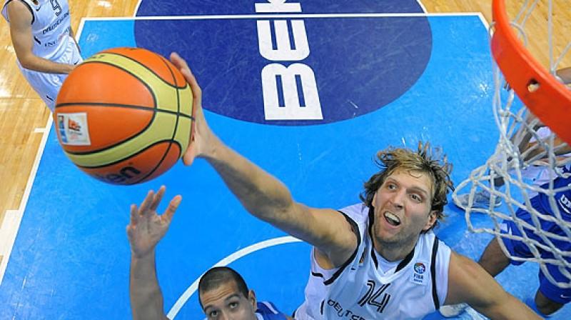 Dirks Novickis Foto: www.fibaeurope.com Castoria