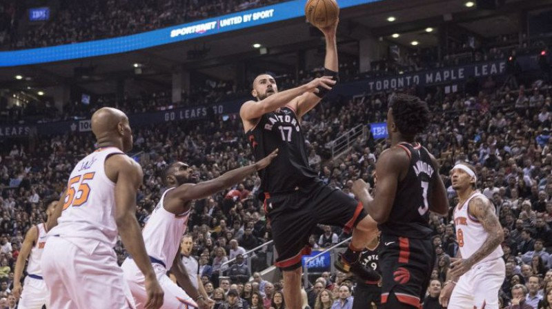 "Jons Valančūns pret ""Knicks"" Foto: The Canadian Press/PA Images/Scanpix"