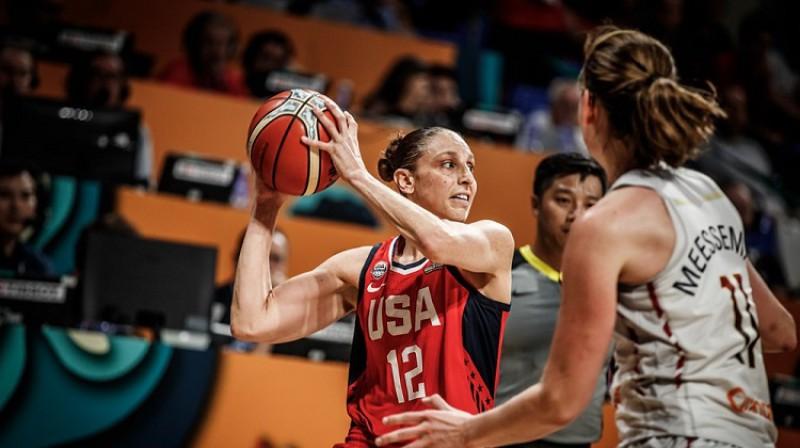 Daiana Taurasi: 13 punkti trešajā ceturtdaļā. Foto: FIBA