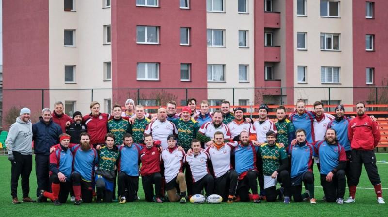 Latvijas regbija izlase pēc pirmā treniņa Gerija Vokera vadībā. Foto: Andris Kozlovskis/Fujifilm
