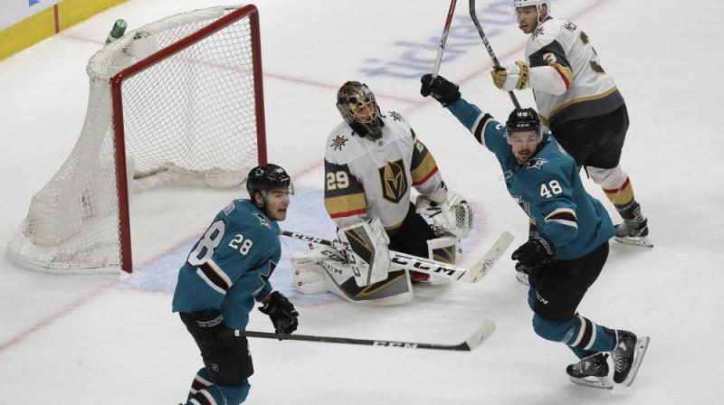 """""""Sharks"""" atspēlējās no 0:3 un svinēja uzvaru. Foto: AP/Scanpix"""