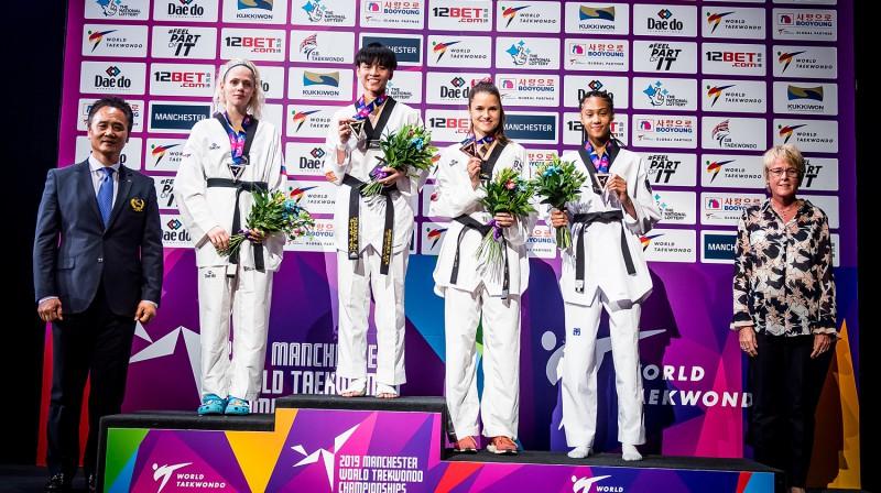 Inese Tarvida uz 53kg pjedestāla. Foto: worldtaekwondo.org