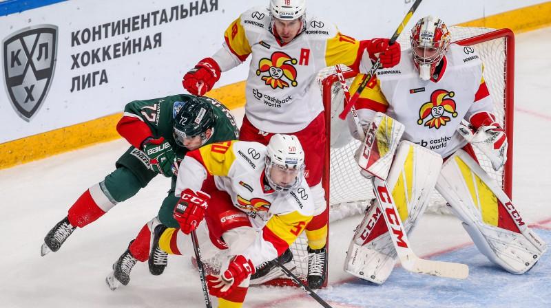 Cīņa pie Jāņa Kalniņa sargātajiem vārtiem. Foto: Yegor Aleyev/TASS/Scanpix