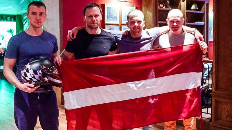 """Openkart Latvia"" komandas sportisti. Foto: Openkart.lv"