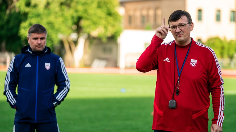 Marians Pahars un Dainis Kazakevičs. Foto: LFF