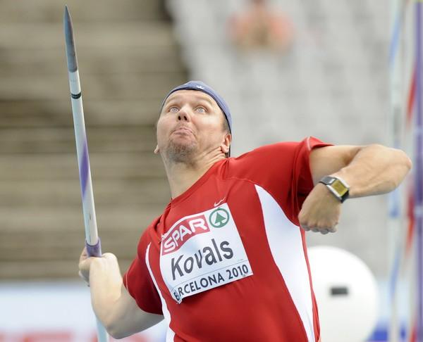 Kovals sestais, Torkildsenam kārtējais tituls