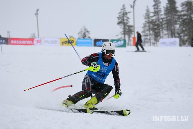 K.Zvejniekam 9.vieta un labākie FIS punkti milzu slalomā