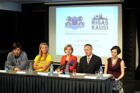 """Preses konference par sacensībām """"Rīgas kausi 2013"""""""