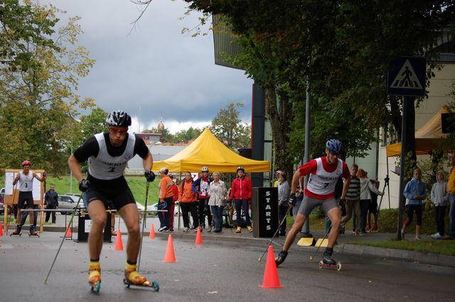 Svētdien Rollerslēpošanas sprints Cēsu ielās