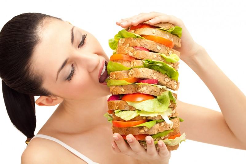 7 paņēmieni, kā apmānīt bada sajūtu