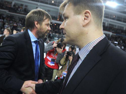 """""""Avangard"""" prezidents aizstāv Sumanenu, """"Dynamo"""" piedāvā boksa maču ar Znaroku"""