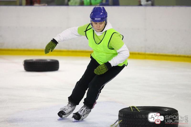 """Nākamnedēļ Vidzemes Olimpiskajā centrā norisināsies """"Ledus gladiatori"""" finālsacensības"""