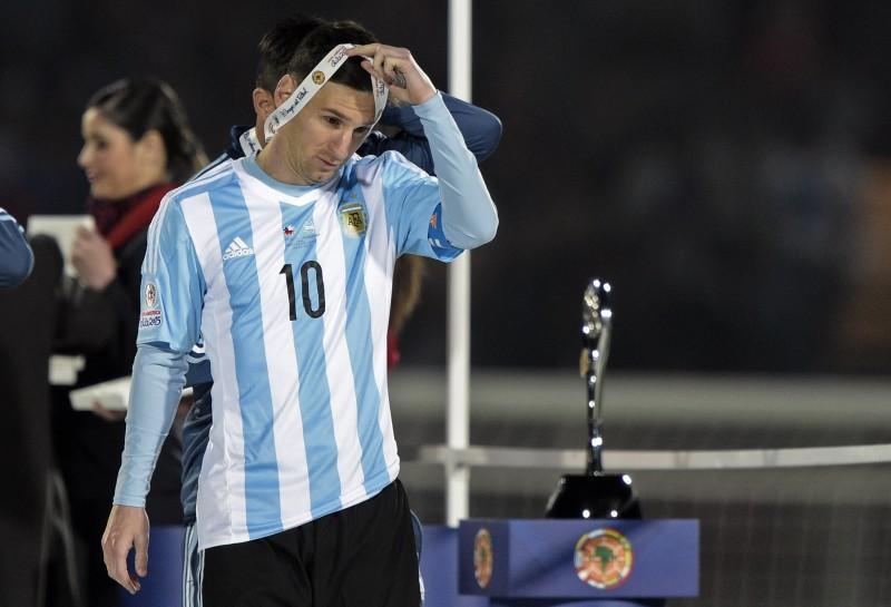 """Mediji: Mesi atteicies no """"Copa America"""" labākā futbolista balvas"""