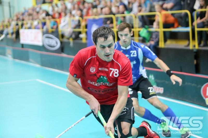 """Latvijas florbola leģenda Atis Blinds karjeru turpinās čempionē """"Ulbrokā"""""""