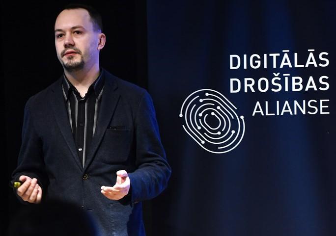 Eksperti nosauc svarīgākos digitālās datu drošības jautājumus Latvijā