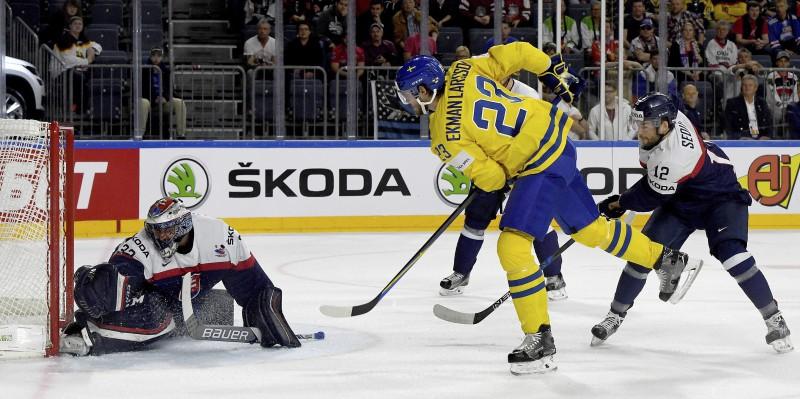 Zviedrija uzvar slovākus un pakāpjas uz otro vietu grupā