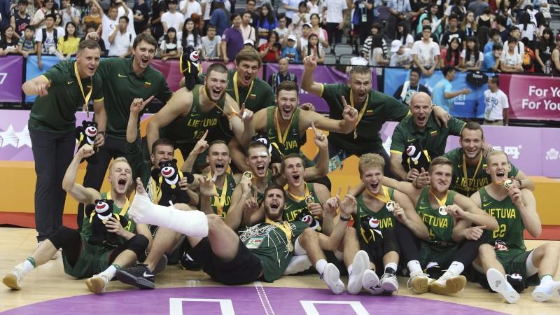 Lietuvieši finālā apspēlē ASV un kļūst par universiādes čempioniem
