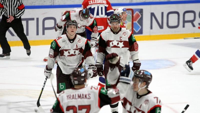 Latvijas hokeja izlase pasaules čempionātam piesaka arī Jevpalovu