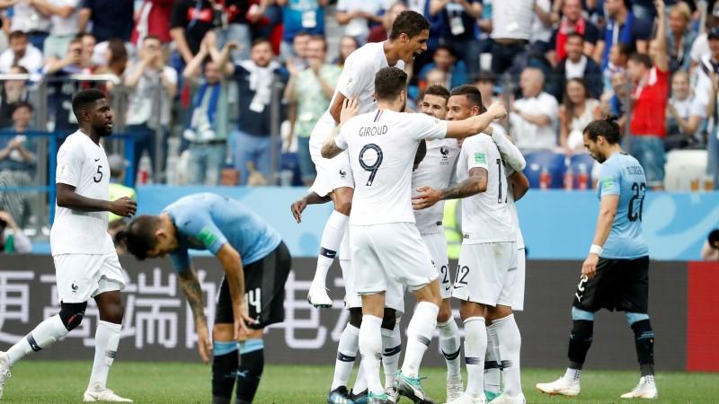 Grīzmanam vārti un rezultatīva piespēle, Francija pārliecinoši iekļūst pusfinālā