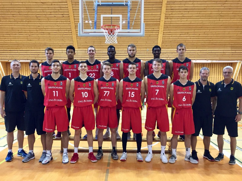 Starta pieciniekam 60 punkti, U18 puiši pieveic ambiciozo Vāciju