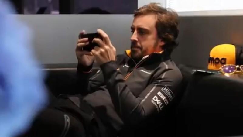 Alonso kaļ plānus par startēšanu NASCAR?