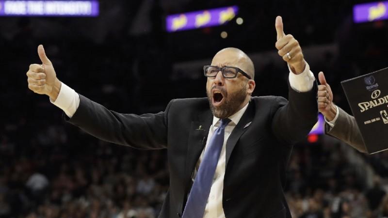 """""""Knicks"""" no galvenā trenera amata atbrīvo Fizdeilu"""